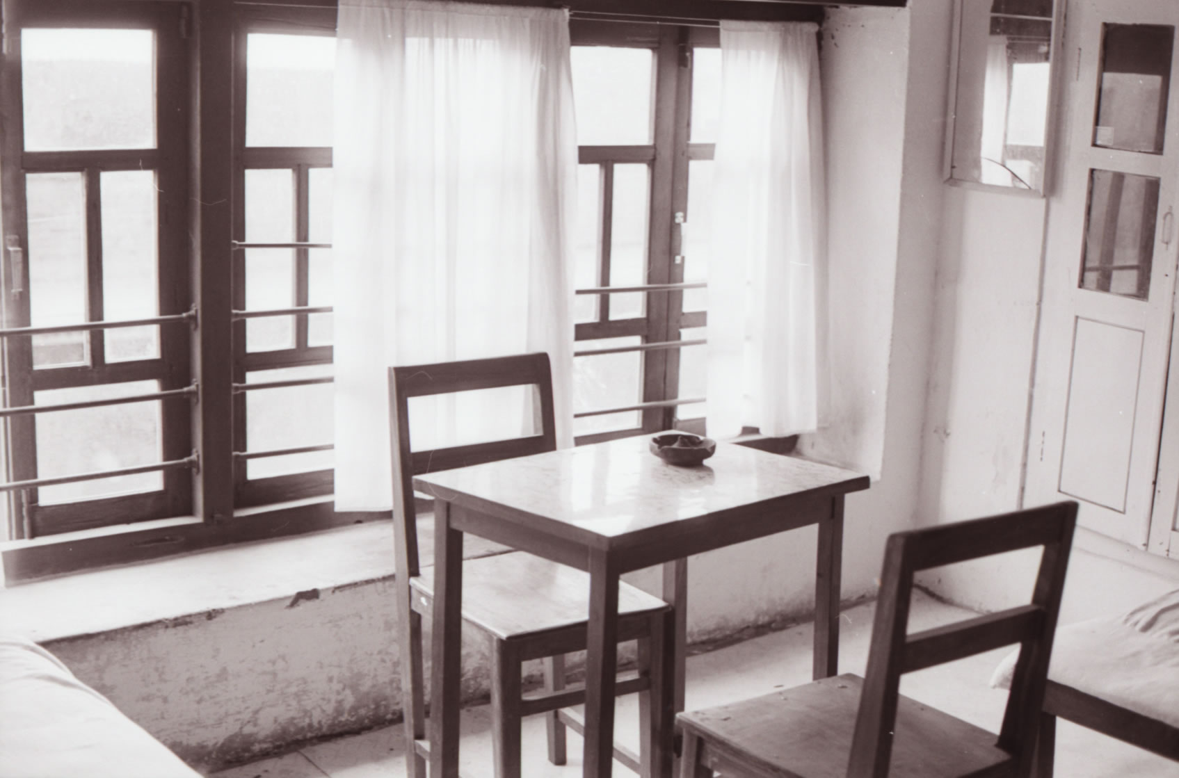 TABLE AND CHAIRS NEPAL