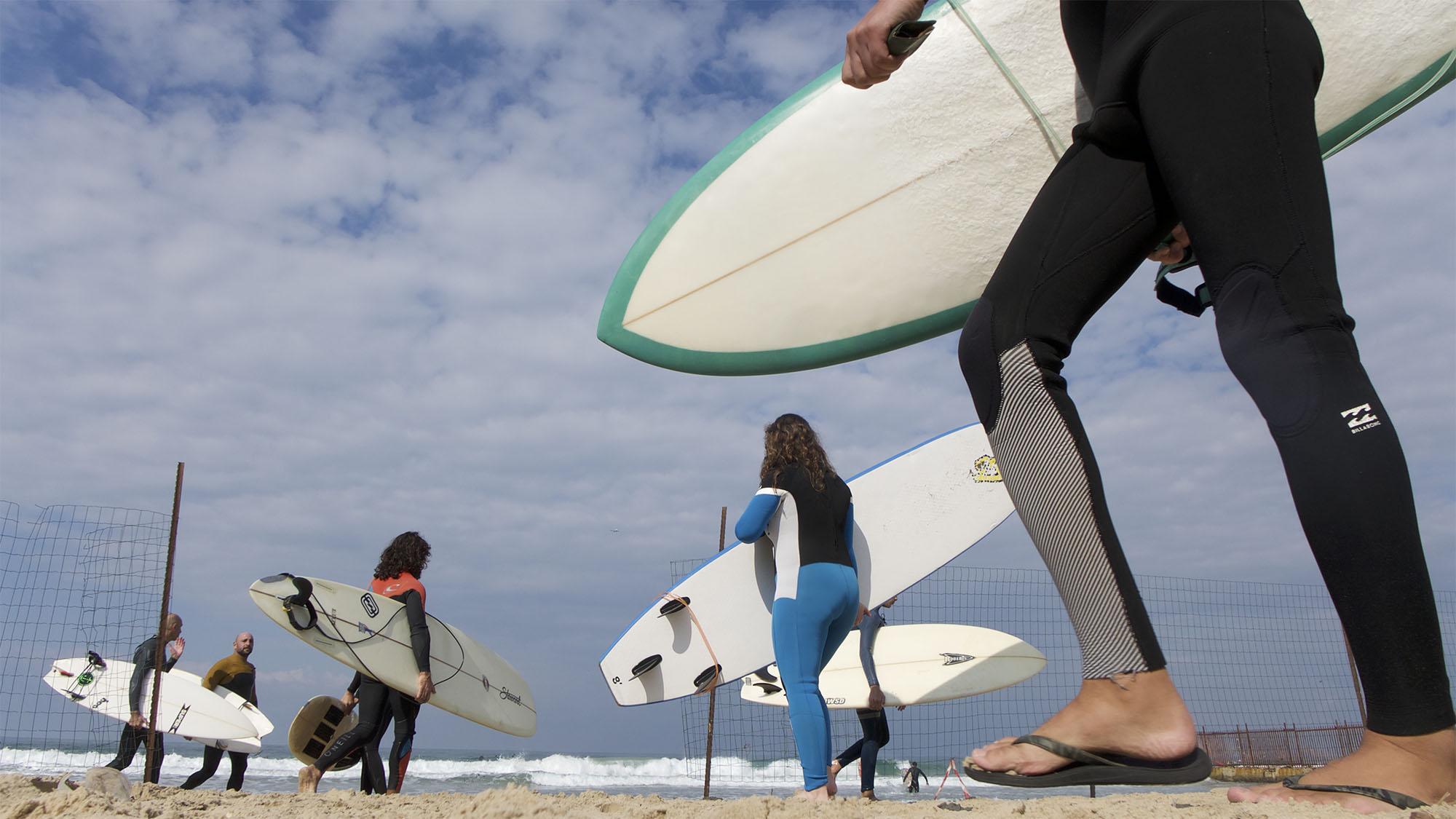 surfing tel aviv